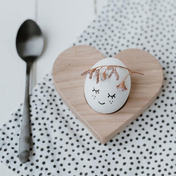 Eulenschnitt Eierbecher Herz